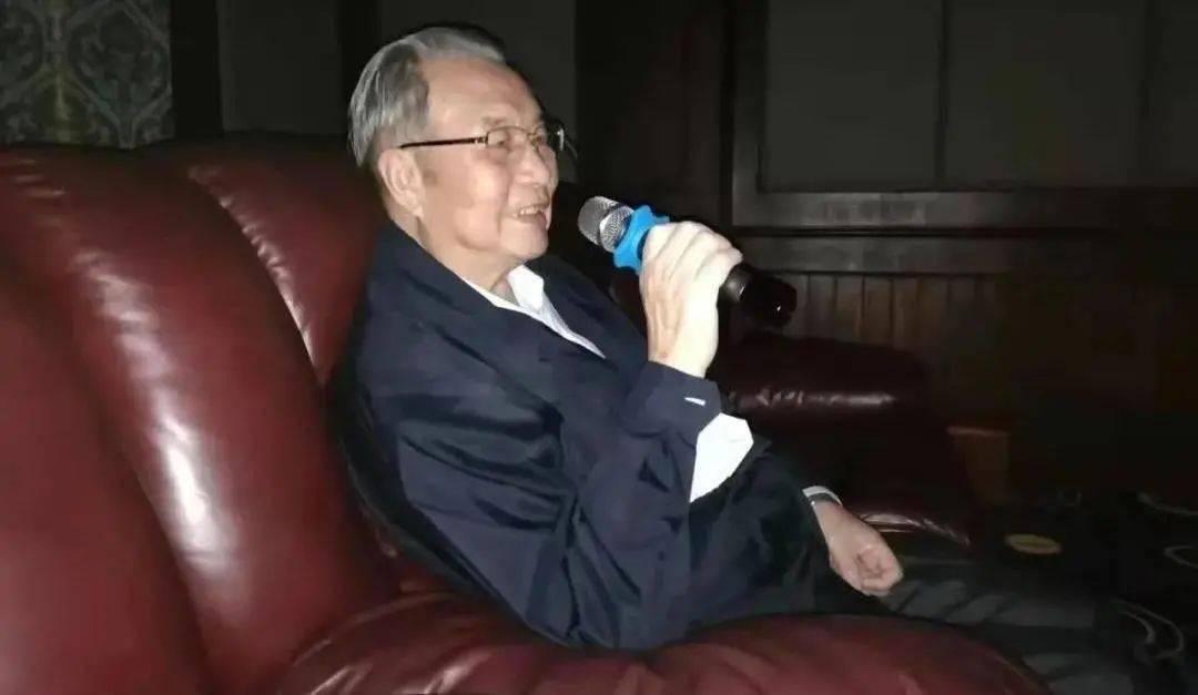 文艺批评   李斌:怀念张恩和先生