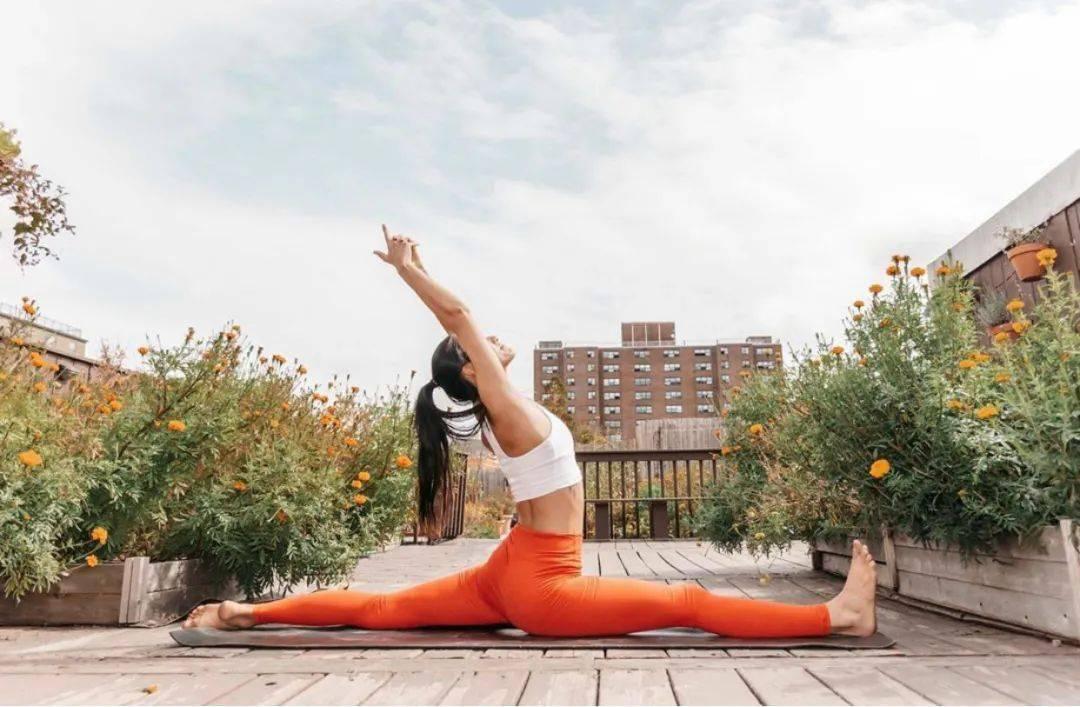 瑜伽初学者如何无痛解锁竖叉?这套序列要多练!