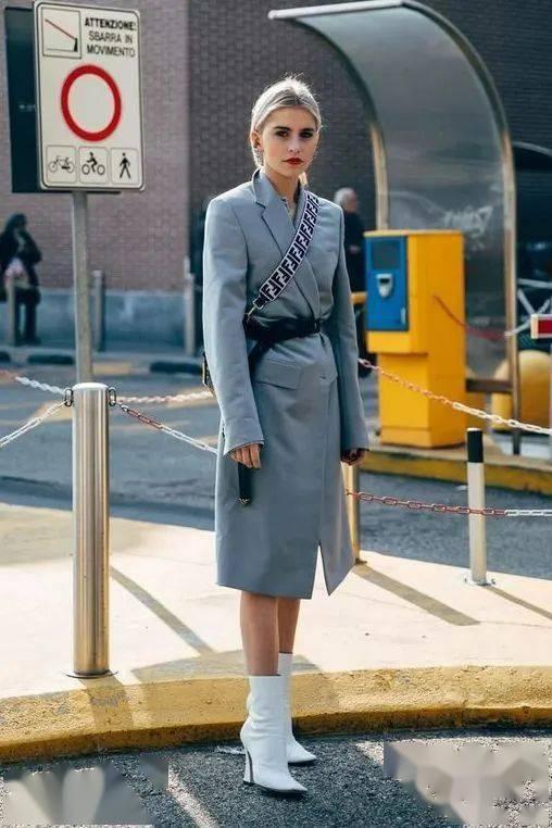 """2020年秋冬""""美裙+短靴""""正流行,显瘦显高气质爆!!"""