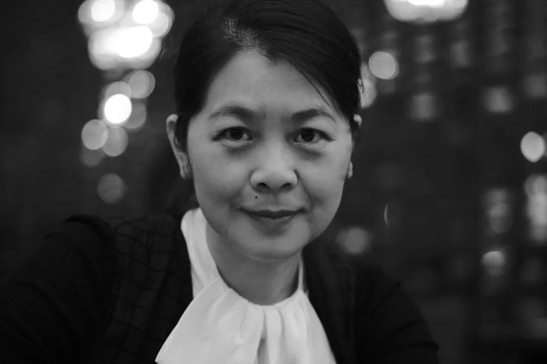 王宏图丨《烟火漫卷》展现的善良与明亮
