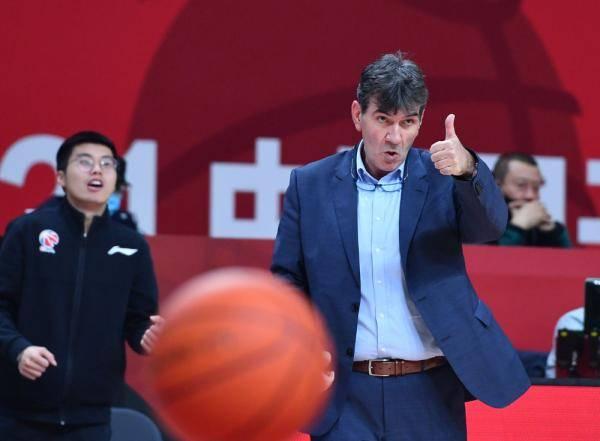 篮球丨CBA第二阶段:南京同曦宙光胜北京紫禁勇士