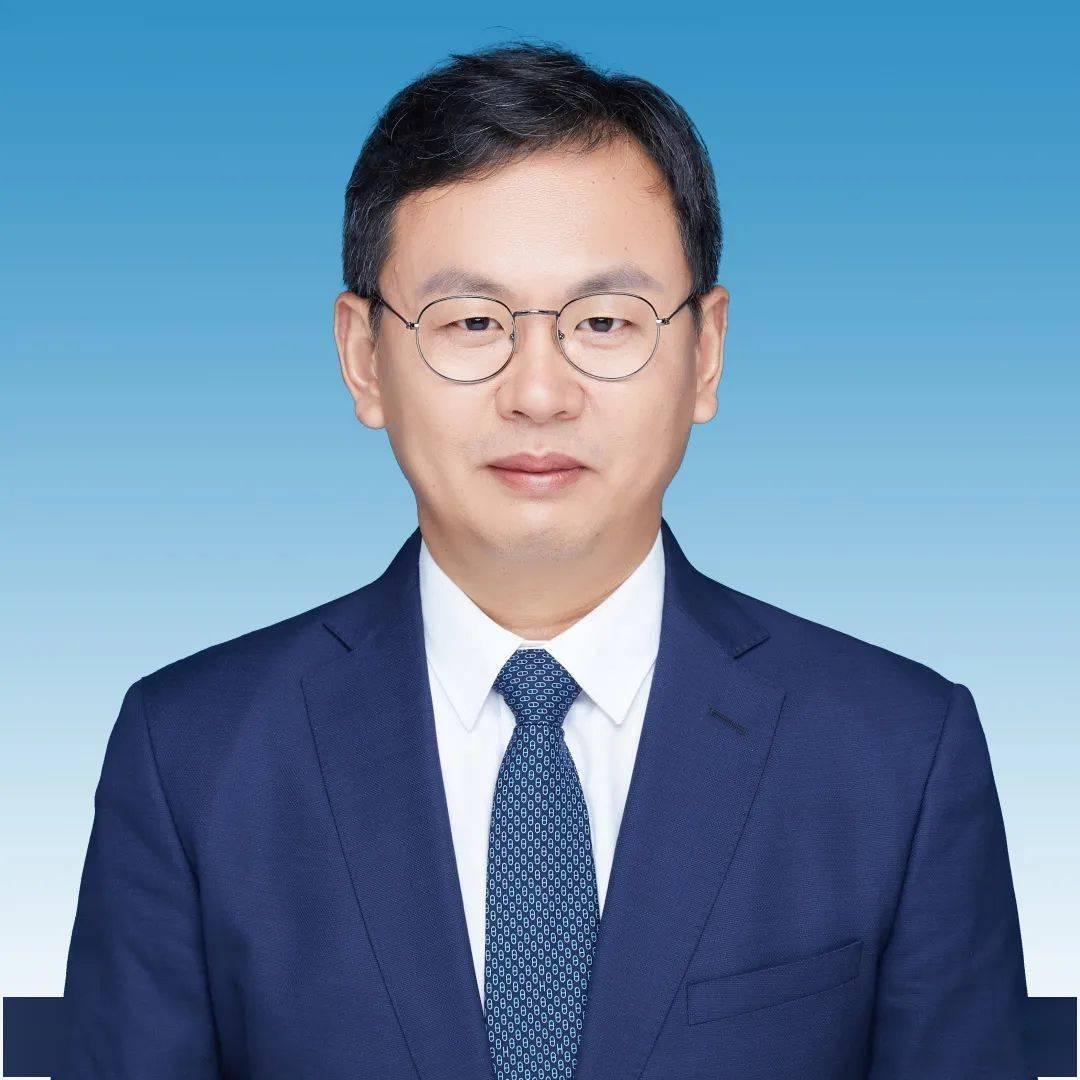 董事长跟总裁_英特尔任命中国区董事长现任总裁杨旭年底退休
