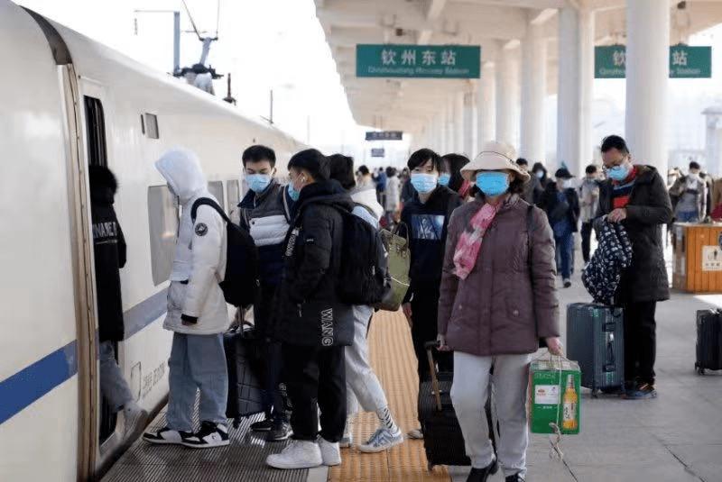 铁路部门加开旅客列车250对,内附最新购票贴士