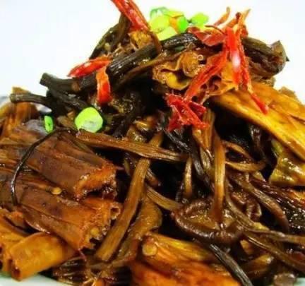 腐竹这样炒,比肉还香!连吃3碗饭都不腻!