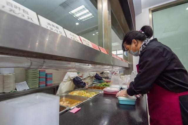 一次足浴/一杯红枣姜茶......康桥为老服务暖意融融