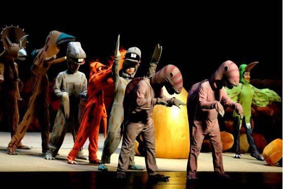 大型恐龙主题实景童话剧《你看起来好像很好吃》绘本上的故事来看吧!  第9张