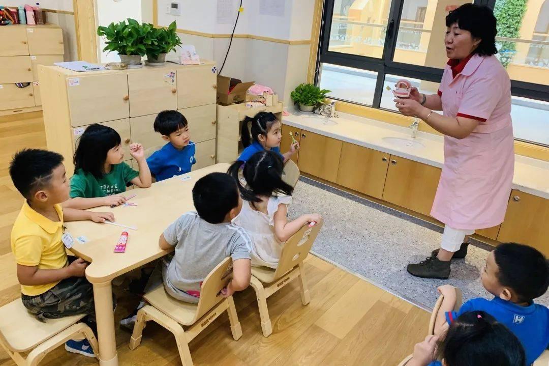 萧山这所幼儿园开启春季招生,园区大环境好,背景实力雄厚!超40%老师是研究生学历  第65张