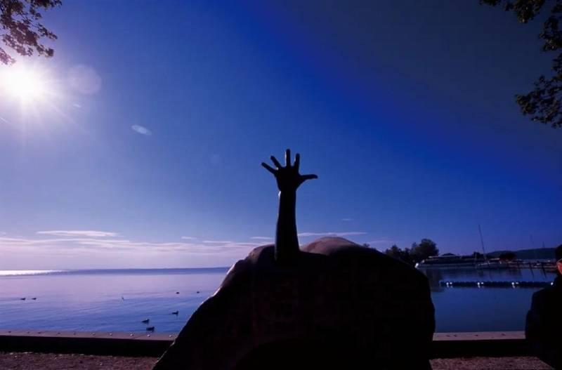 摄影家程萌推出欧洲水岸全景之作《水岸九歌》