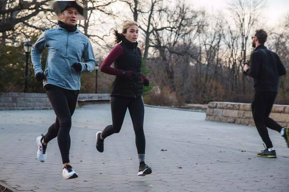 """冬季跑步有这7个""""危险信号"""",劝你还是别硬撑了!"""