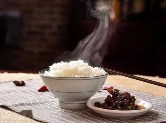 【倡议书】制止餐饮浪费 培养节约习惯