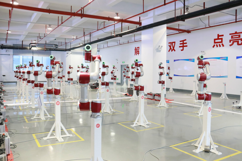 推多款智能协作机器人,上海一协作机器人公司单笔融资超3亿