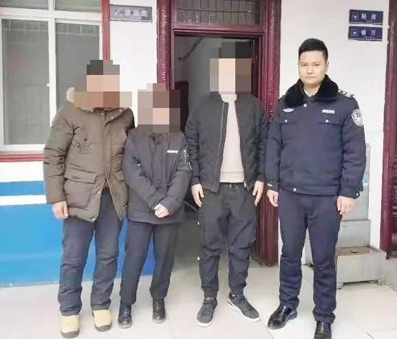 网恋三个月,20岁女孩跨省来河南邓州找男友,女孩爸爸急坏了:男孩的电话都打不通