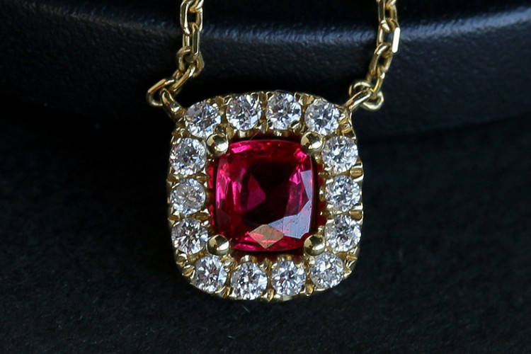 就要玉珠宝:优化处理的红宝石图图片,真假红宝石鉴别图解!