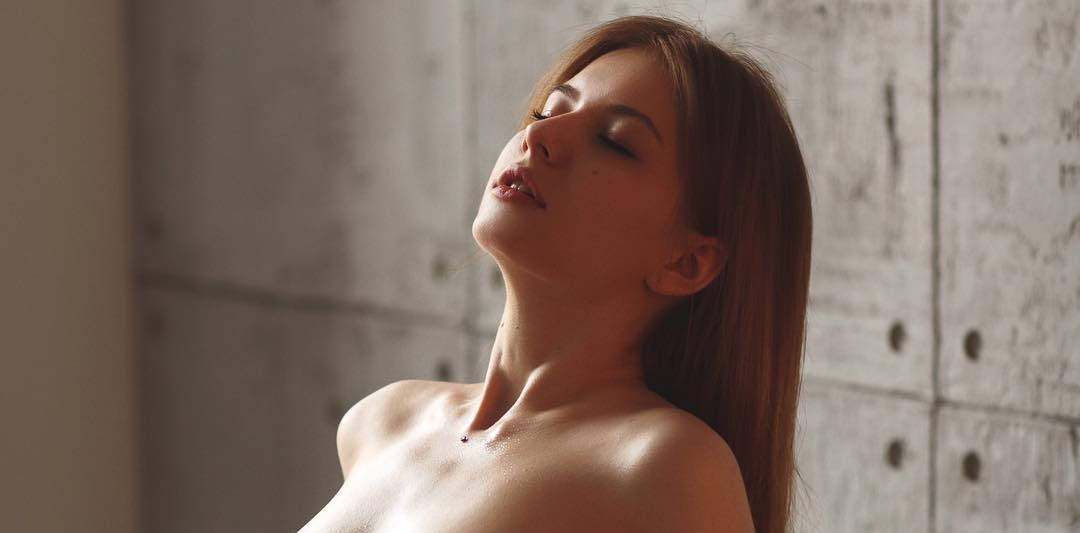 图片[3]-文艺高潮颜!无罩俄国女模《Alina Panevskaya》激情一瞬间无码全揭露!-福利巴士