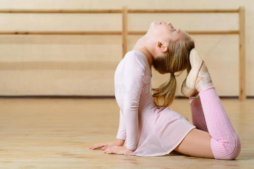 不主张儿童学拉丁舞(为什么富不学拉丁)
