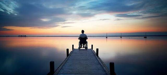 孤独的尽头,是什么让人际关系如此疏离?
