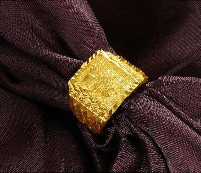 沙金是什么?听说你的金项链泡澡时飘起来了?