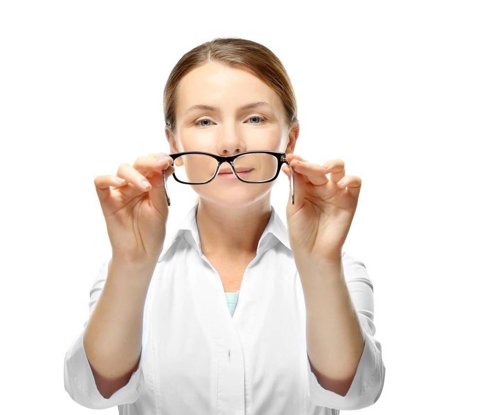 怎样预防近视的方法(近视眼的预防十大方法)