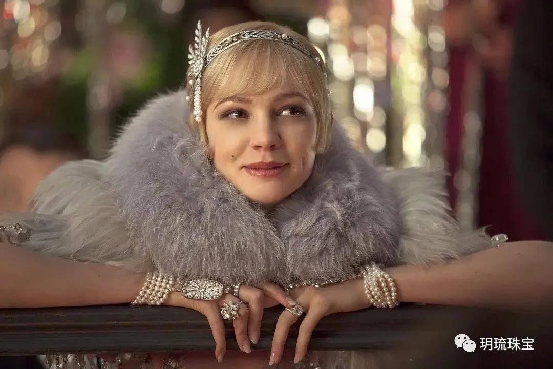 珠宝赏析:别具一格奢华又飘逸的珠宝羽饰大赏