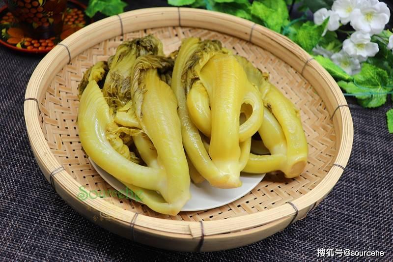广东用芥菜腌酸菜,掌握3个技巧,5天酸脆爽口,能储存一年不坏