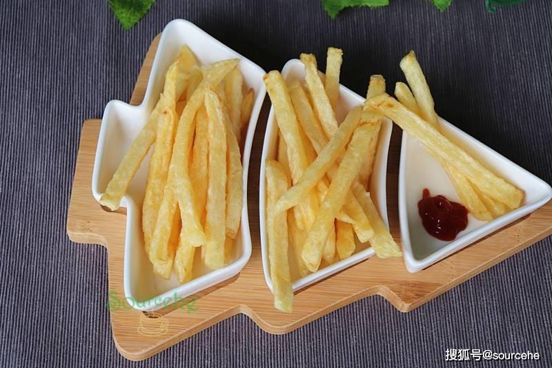 炸薯条多加一步,金黄酥脆,入口软酥,比肯德基麦当劳好吃多了!