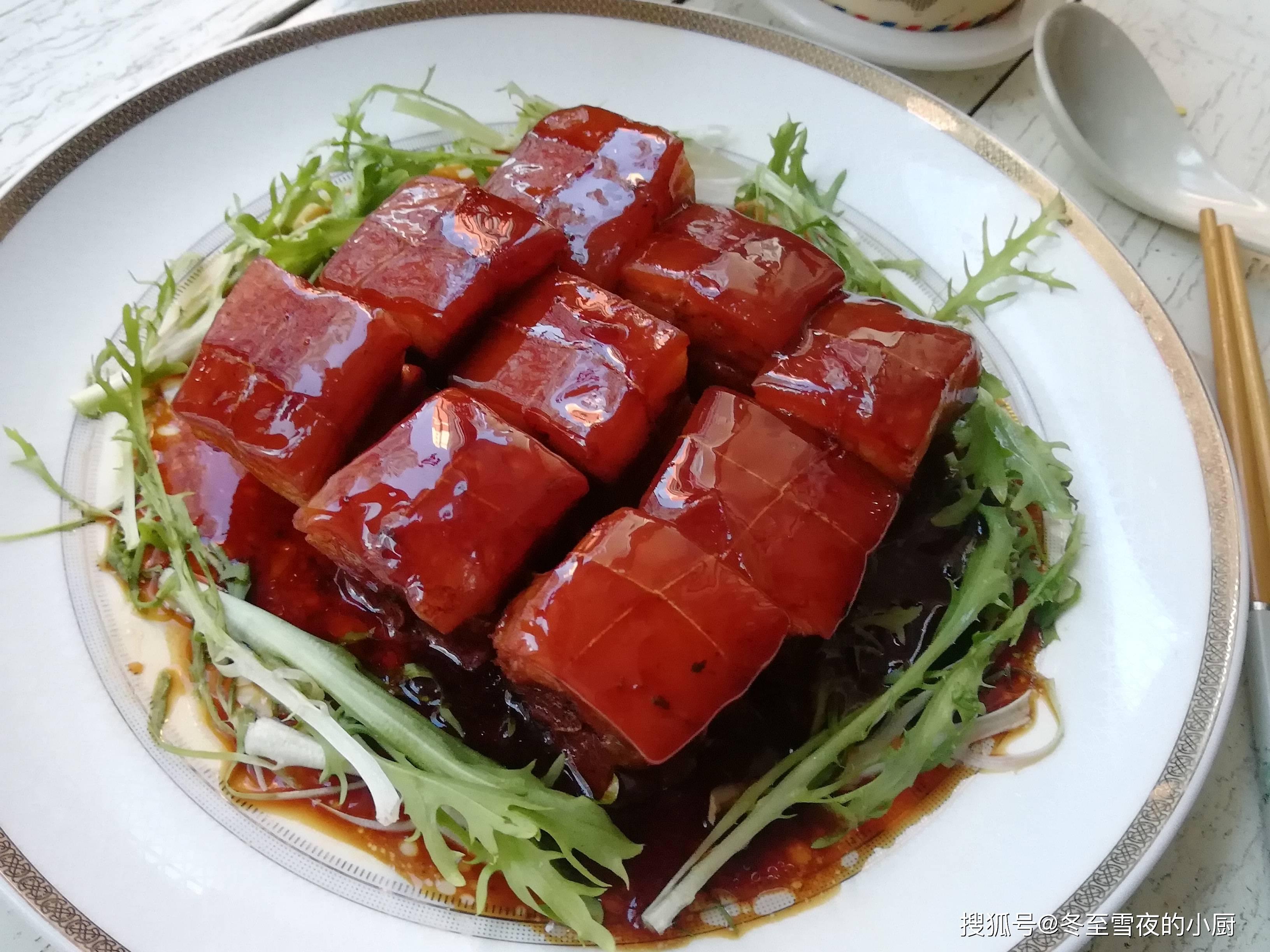 """原猪的""""顶五花""""和""""底五花""""有什么区别?选择合适的肉类烹饪,并以不同的方式使用"""