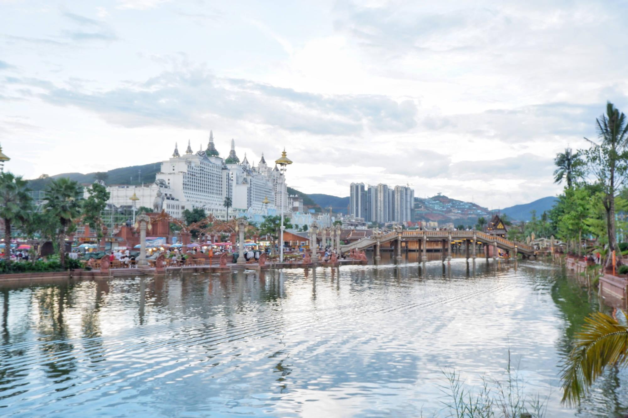 """云南气温最高的城市,夏天40多度,被称为""""小泰国"""",美食众多"""