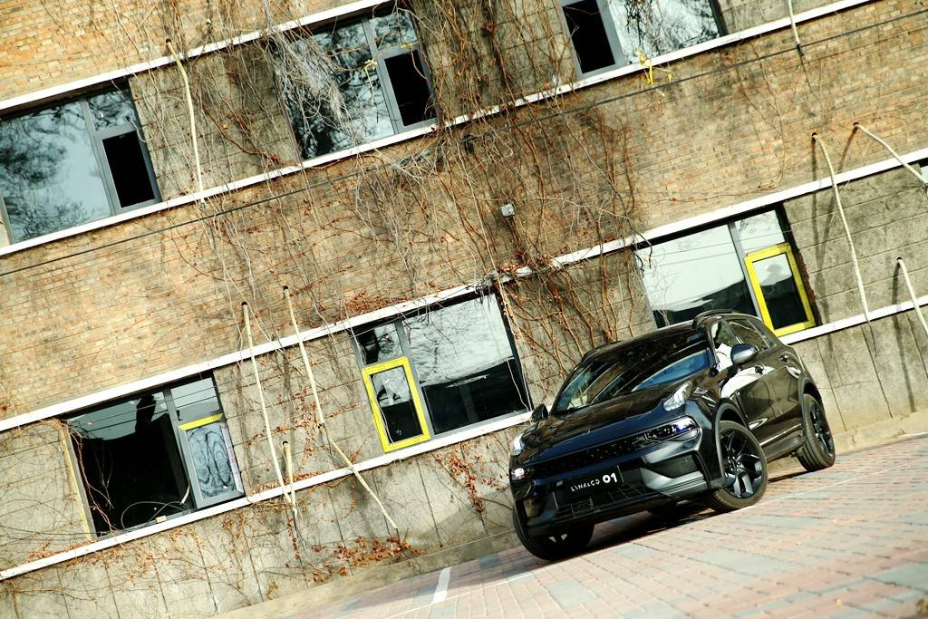 全新柯灵01原厂试驾:更完美的车载机,更成熟的设计,更澎湃的动力