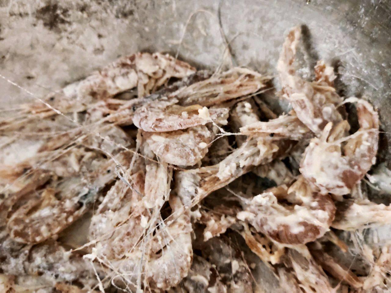 【香酥炸虾】的做法+配方,不但酥脆可口还更加补钙营养!