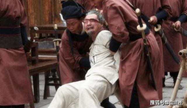 午门斩首虽是假的,但在五门挨板子的却有很多,被打死的比比皆是