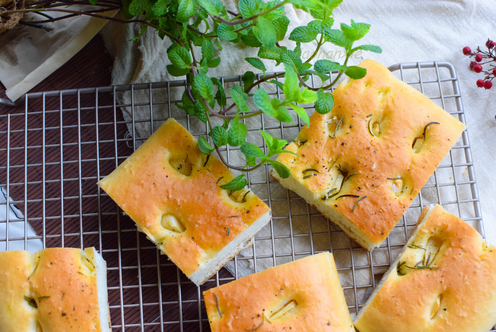 配料低糖少油,揉面不用出膜,中式口味快手面包,做法特简单
