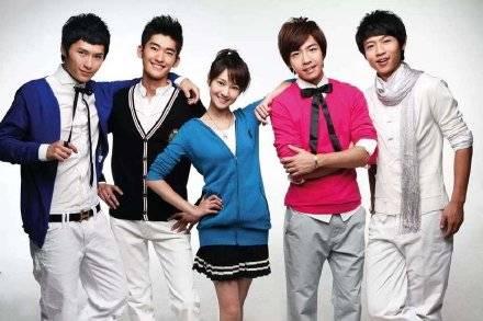 郑爽在2015年前参演过的电视剧,才发现有四部的男主都是张翰
