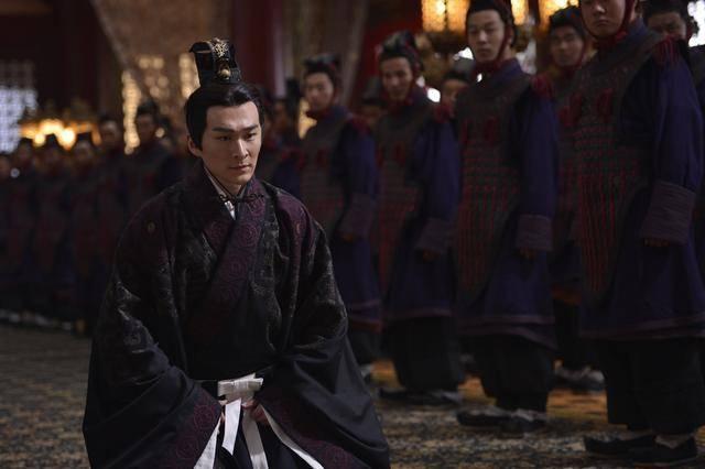 扶苏是秦始皇儿子,陈胜起兵反秦打他旗号,是战略失误还是有他因