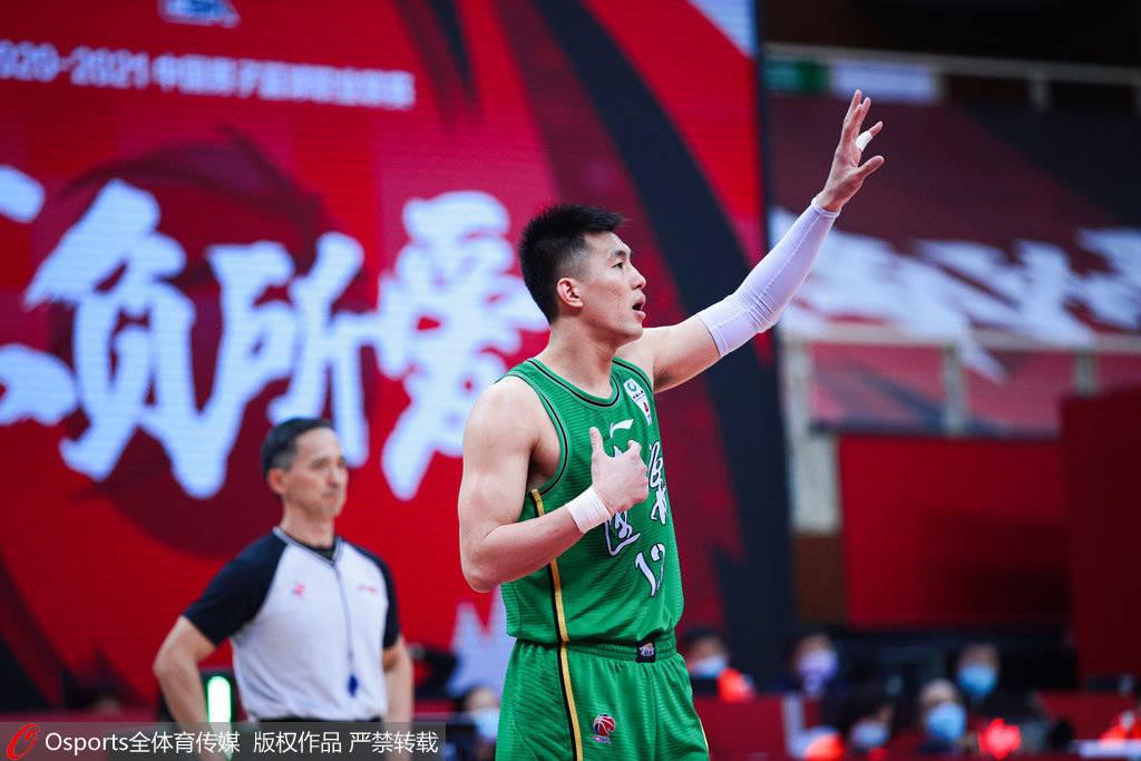 辽宁男篮对以117比103轻松打败深圳男篮,豪取9连胜