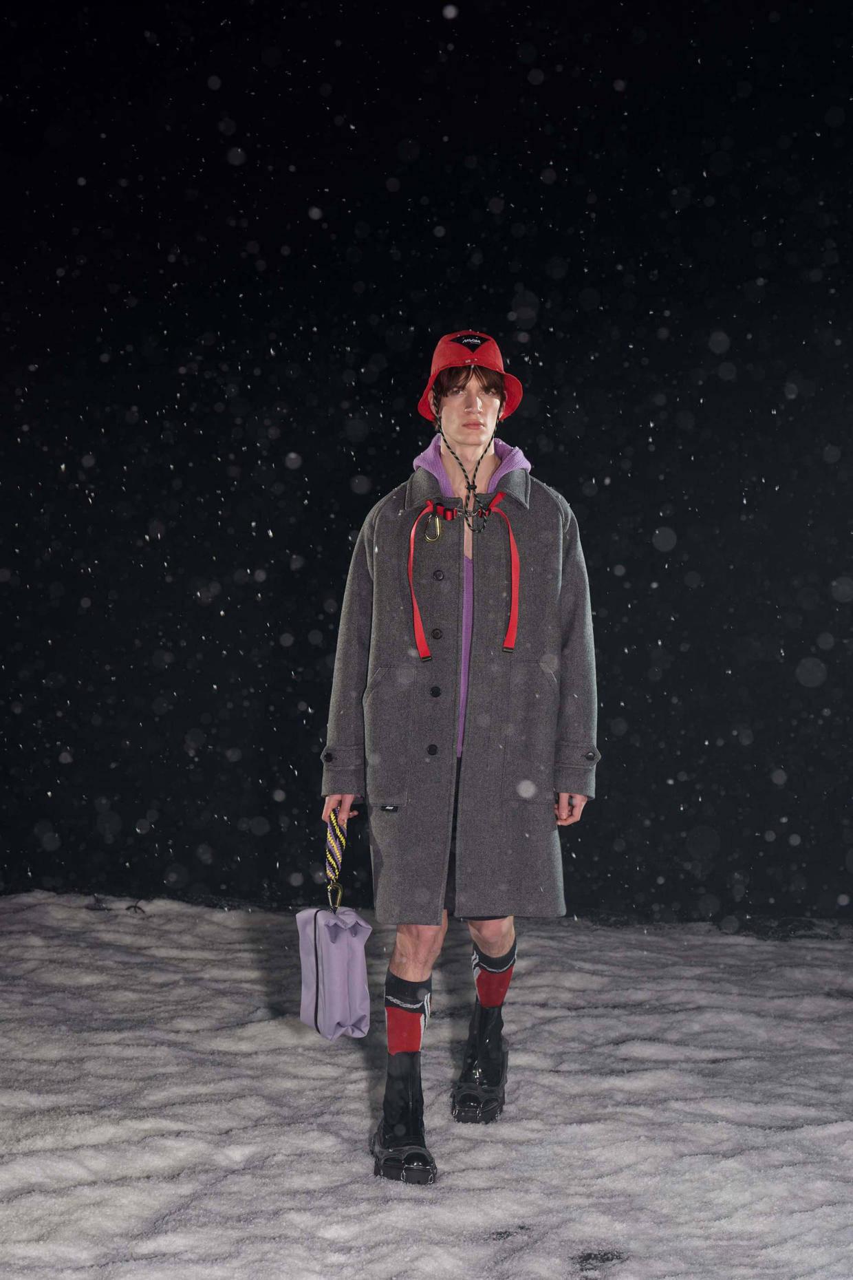 2021/22秋冬米兰男装时装周 诠释当代男装之美! 爸爸 第49张
