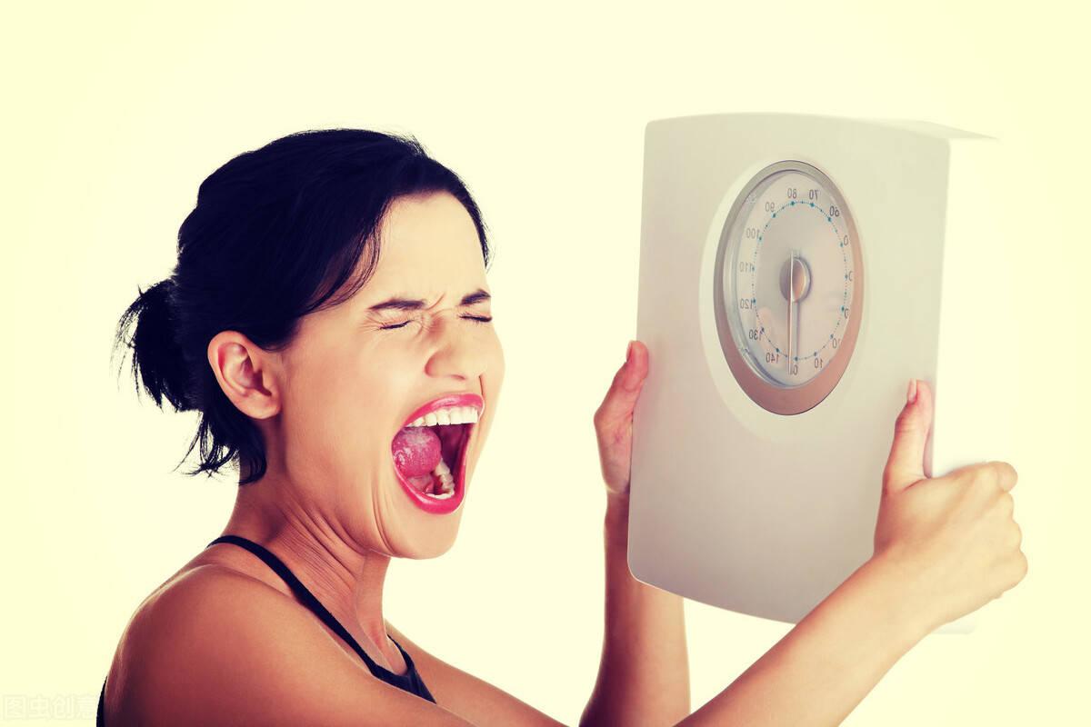 斗牛牛游戏在线:减肥不看体重!当身体出现这4个信号,说明你正在变瘦
