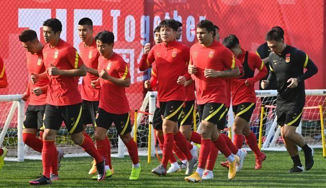 李铁赛后点名表扬国安二将 国足下一期集训提前至3月_张稀哲