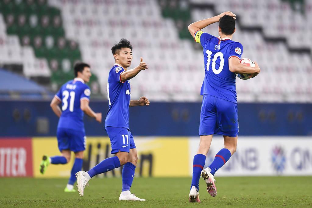 申花正式恢复原俱乐部名称 球迷向绿地集团表达感谢_上海