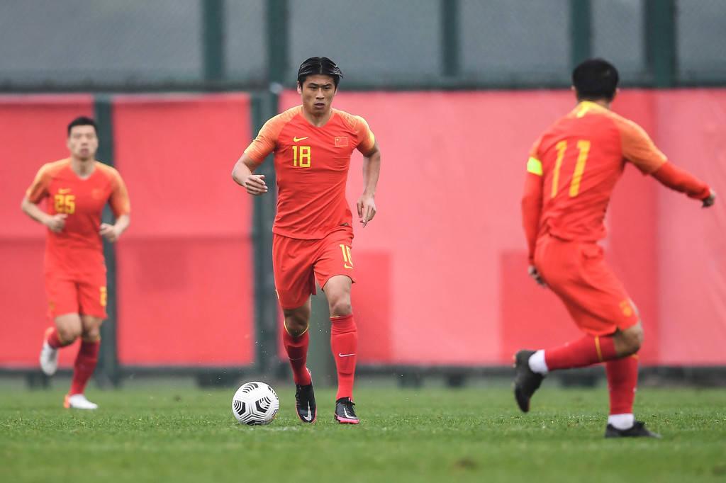 陈戌源与国脚交流收到良好效果 球员态度让其非常高兴_中国队