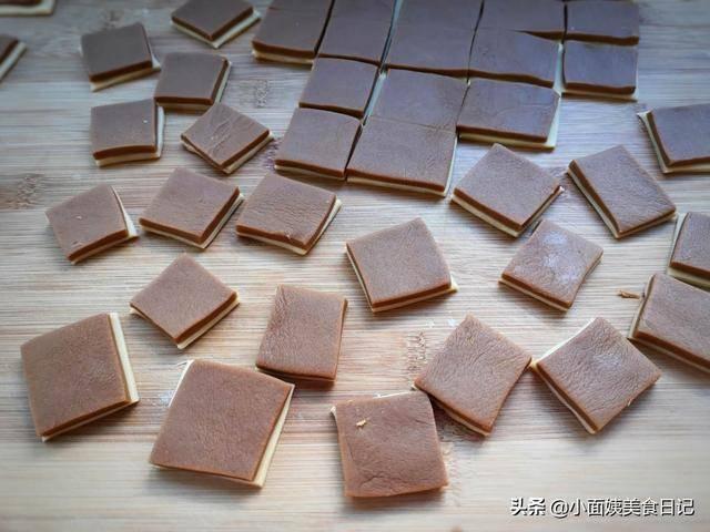 家里有面粉一定要学做它,不用烤箱就能做,酥香诱人,孩子特喜欢