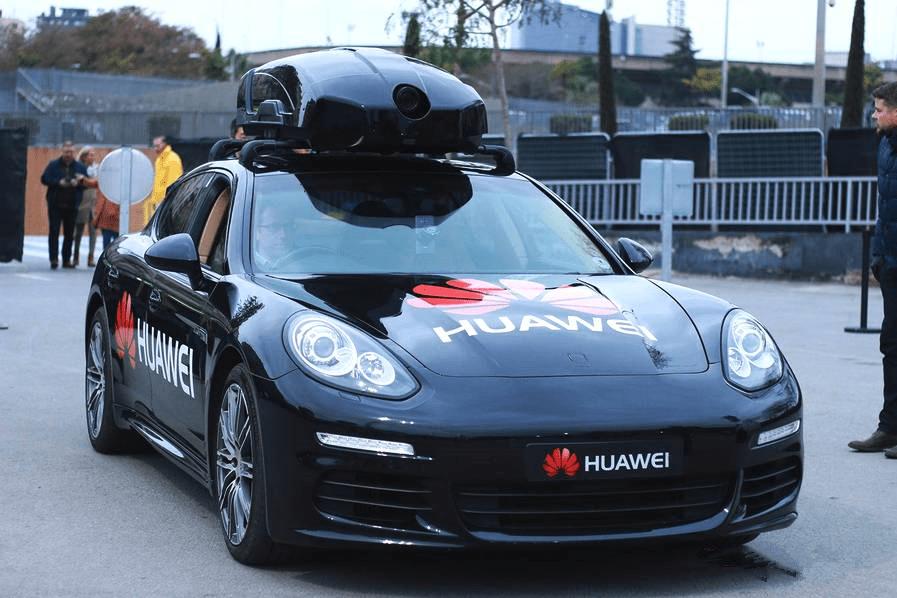 """华为驾驶着""""谷歌""""梦,从HiCar车载智慧屏一窥华为汽车生态野望"""