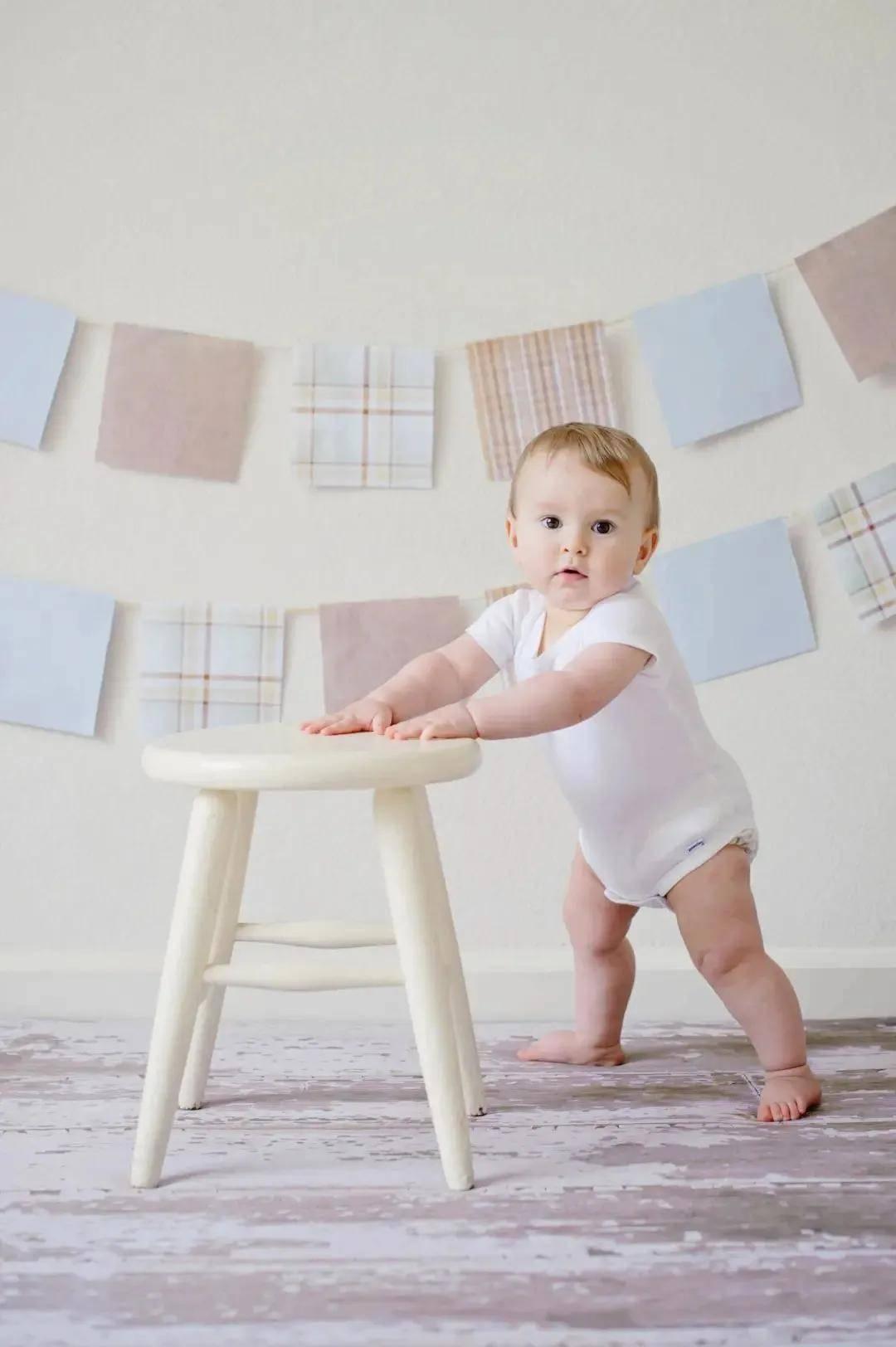 新手爸妈的养育小知识技巧大放送 新生儿0~100天最需警惕的50个隐患