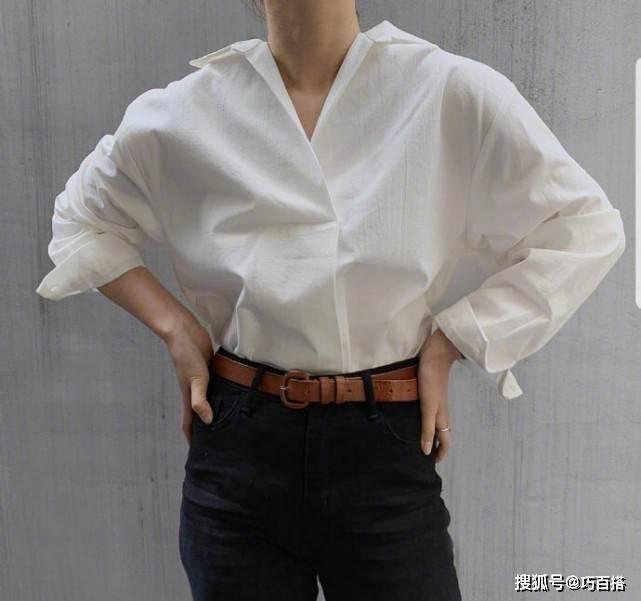原创             早春一件白衬衫,气质简约很高级,不愧是不过时的经典