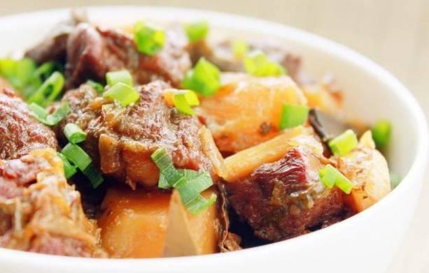十几道菜肴分享,菜香肉烂,好吃不腻,多准备一碗米饭喔