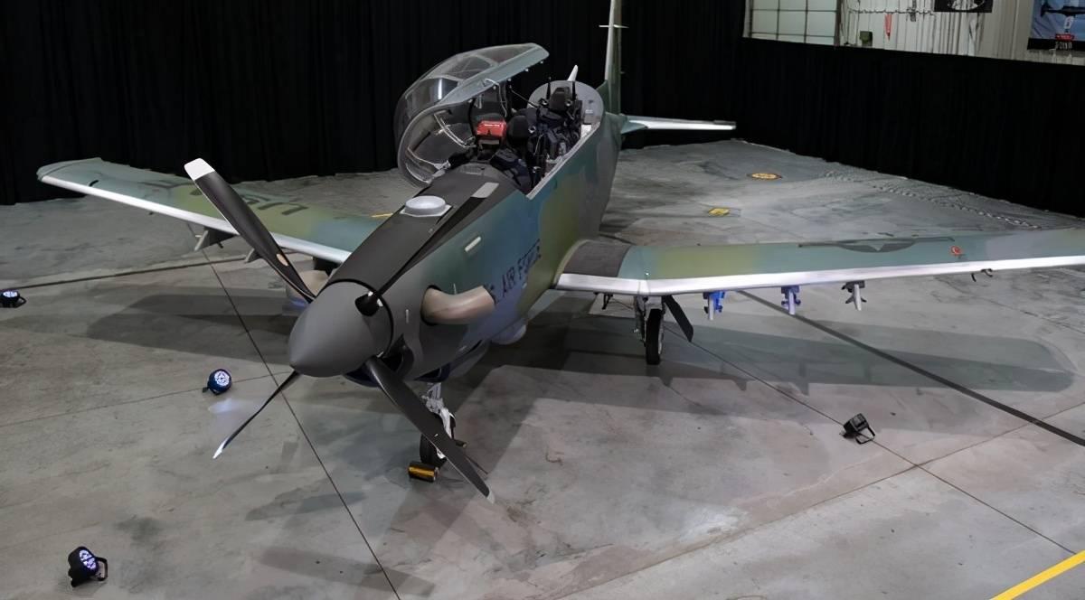 技术倒退?美军重新装备螺旋桨战机,囊中羞涩还是另有所图