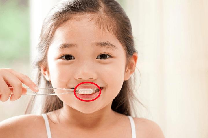 你害怕牙痛吗?牙医教你如何正确刷牙