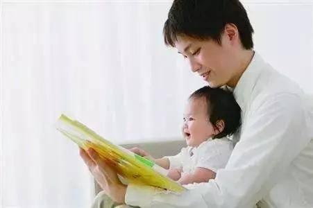 这三种宝宝的错误坐姿 宝妈要纠正 特别是第三种 影响孩子发育