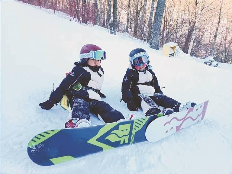 """""""爱在冰城滑雪时""""随手拍短视频、图片大赛,雪中行展你我豪情"""