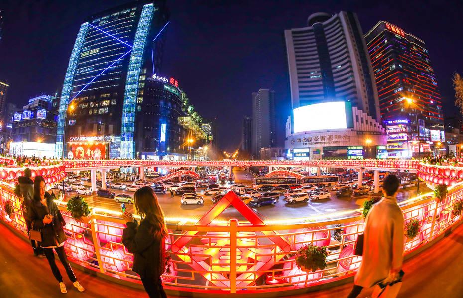 """陕西:在""""就地过年""""倡议影响下市内及短途旅游受青睐"""