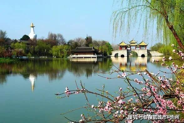 忻州市委副书记郭奔胜又出大作《悦读忻州:诗里诗外情正浓》